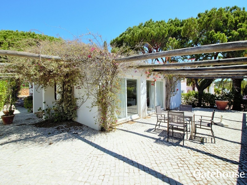 Belle Villa À Vendre À Quinta do Lago Algarve
